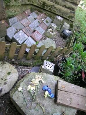 new-southgate-crematorium-and-cemetery_2888384282_o