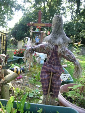 new-southgate-crematorium-and-cemetery_2888388246_o