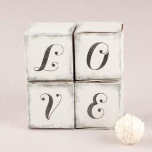 "Vintage ""LOVE"" Cube Favour Boxes x 10"
