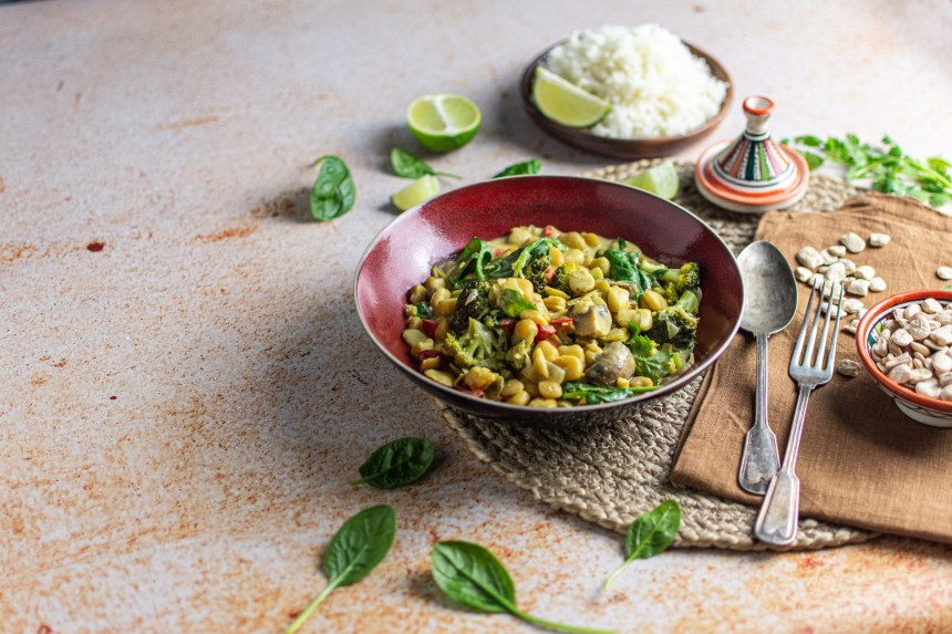 caril de legumes com chícharo