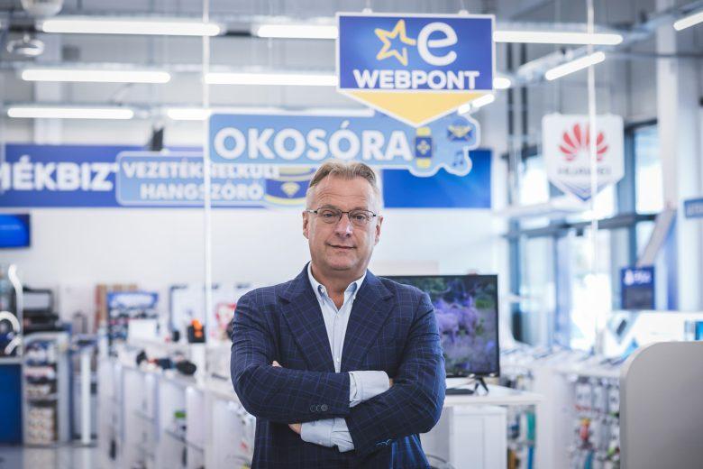 Fazekas Zsolt – az Euronics Műszaki Áruházláncot működtető Vöröskő Kft. alapító tulajdonosa, ügyvezető igazgatója.