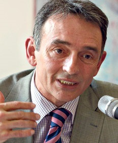 Enrique Santiago responde as críticas feitas pelos opositores da paz sobre a impunidade (Foto: AFP/Página/12).