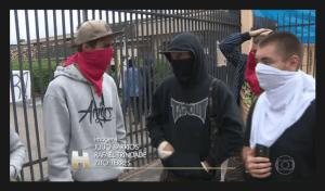 Criminalização: estudantes retratados no Jornal Hoje como quem está praticando atos ilegais