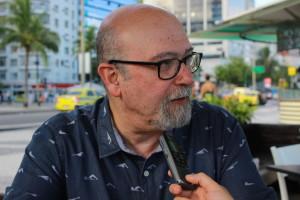 """""""A estrutura institucional da segurança pública tem de ser transformada, a polícia militar tem de ser desmilitarizada e com isso ter direito à sindicalização e organização política"""", sustenta Soares. Foto: Leandro Neves"""