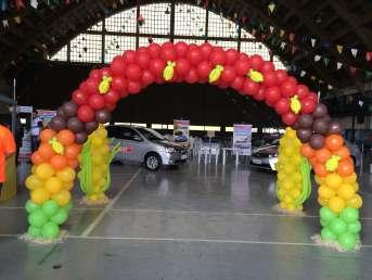 Balões-tema-festa-fazendinha-15 Idéias para festa Infantil com tema Fazendinha para meninos e meninas
