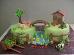 Bolo-festa-infantil-fazendinha-05 Idéias para festa Infantil com tema Fazendinha para meninos e meninas