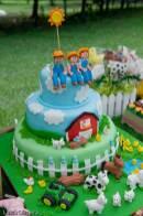 Bolo-festa-infantil-fazendinha-16 Idéias para festa Infantil com tema Fazendinha para meninos e meninas