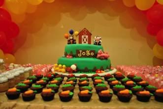 Bolo-festa-infantil-fazendinha-21 Idéias para festa Infantil com tema Fazendinha para meninos e meninas
