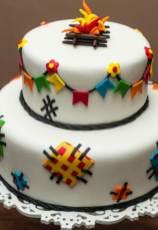 Bolo-festa-infantil-são-joão-05 Idéias para festa Infantil com tema Fazendinha para meninos e meninas