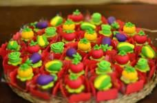 Doces-aniversário-tema-Fazendinha-Country-São-João-76 Idéias para festa Infantil com tema Fazendinha para meninos e meninas