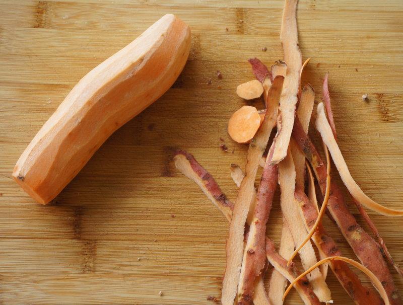 peeled_sweet_potato_for_sushi
