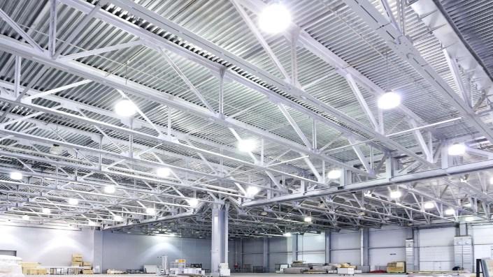 Iluminação para industrias fazis