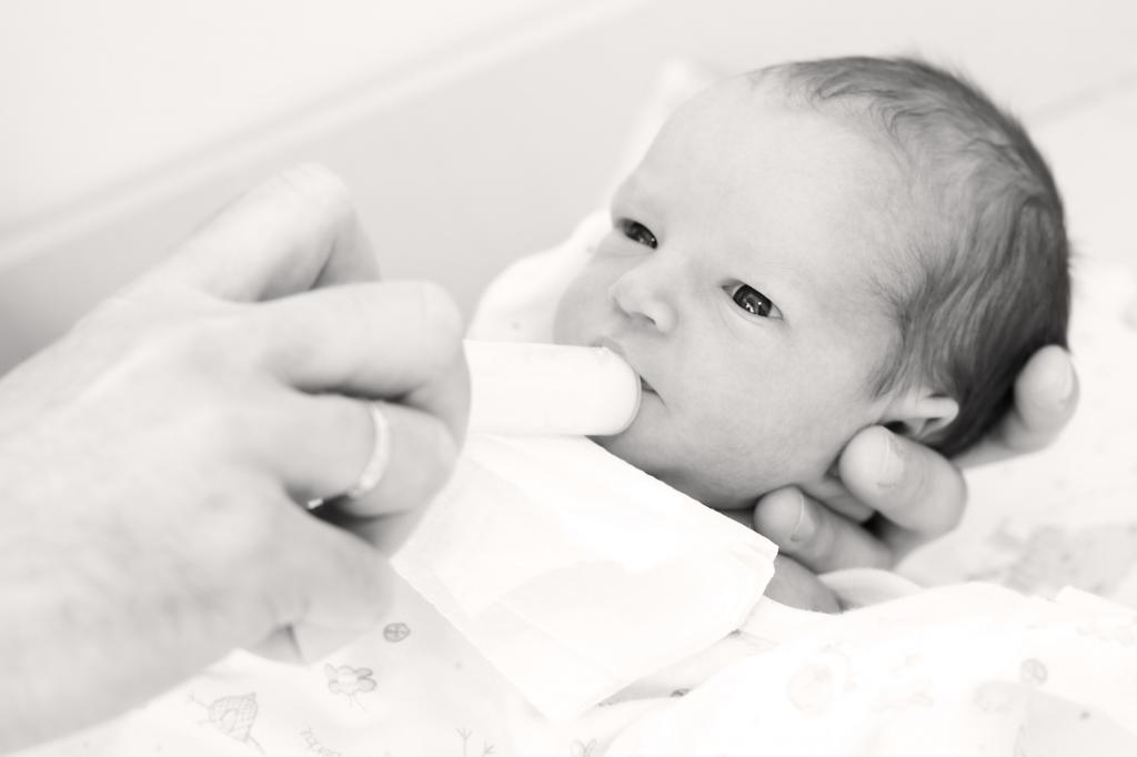 pierderea în greutate infant la prima săptămână)