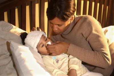 Пошли зеленые сопли у ребенка комаровский. Как лечить зеленые сопли у ребенка комаровский видео. Зелёные сопли у ребёнка, лечение по доктору Комаровскому