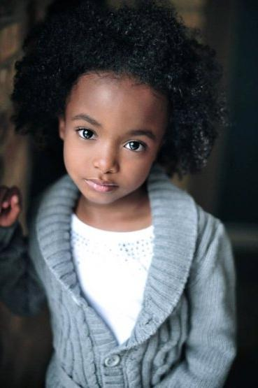 Девушка негроидной расы