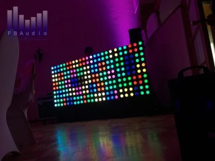 Exclusivo panel LED para DJ