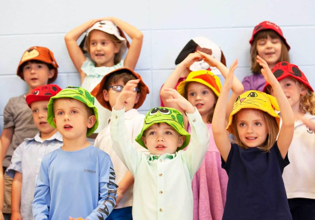 Cute preschoolers worship