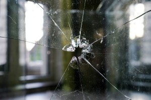 glass-1497229_640