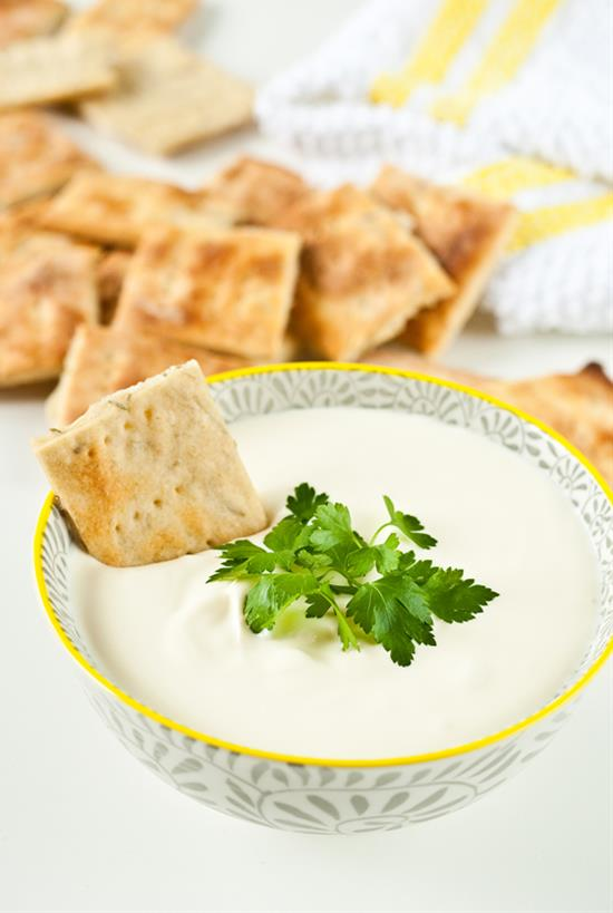 Rosemary Crackers With Garlic Sour-Cream Dip