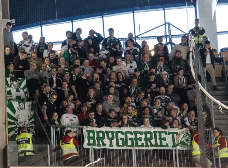 160349-fans-IMG_4861