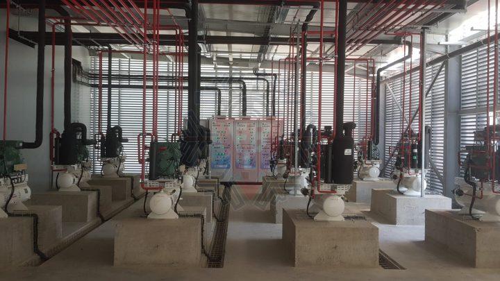 Sala Máquinas Compressores /Quadro Elétrico - F. Brigido