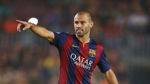Mascherano thinks Barcelona are still in it