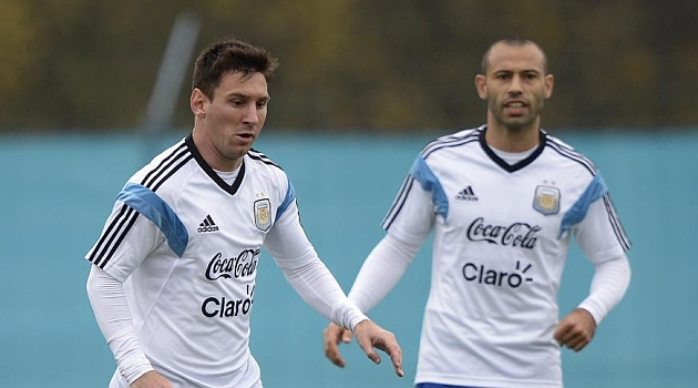 Messi says that Mascherano goes crazy sometimes