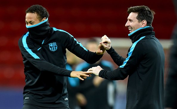 Messi supports Neymar