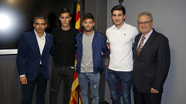 Xemi and Moisés sign for FC Barcelona B
