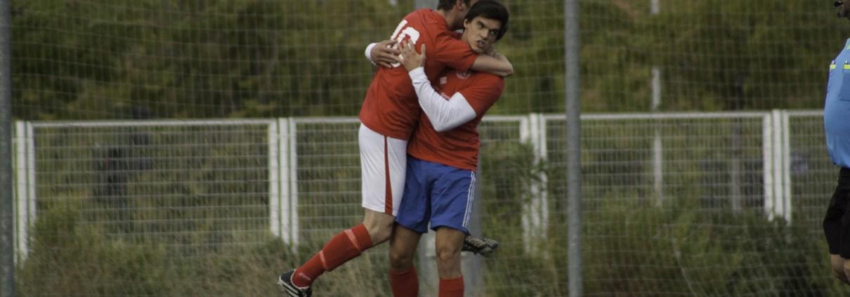 FCB striker Nacho Zulueta celebrates with Calum Cant