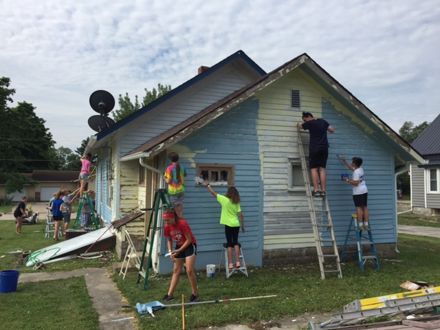 mission trip 2016 painting house