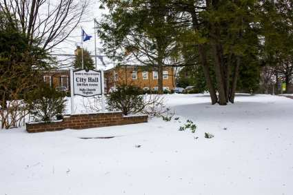 A snowy City Hall on Tuesday morning. (Photo: News-Press)
