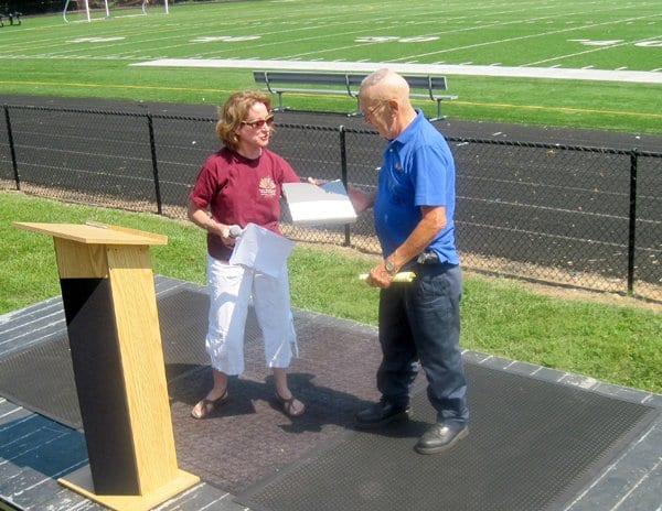 bobby Eppard receiving a special commendation in 2010. (File Photo)