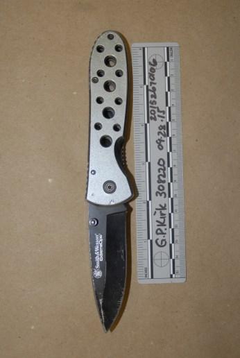 092815knife4