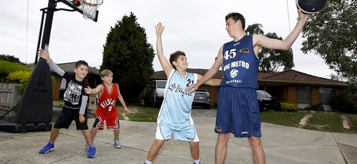 LANGWARRIN'S MITCH GAZE MAKES VICTORIAN U16 METRO MEN'S TEAM TO PLAY IN THE AUSTRALIAN JUNIOR CHAMPIONSHIPS