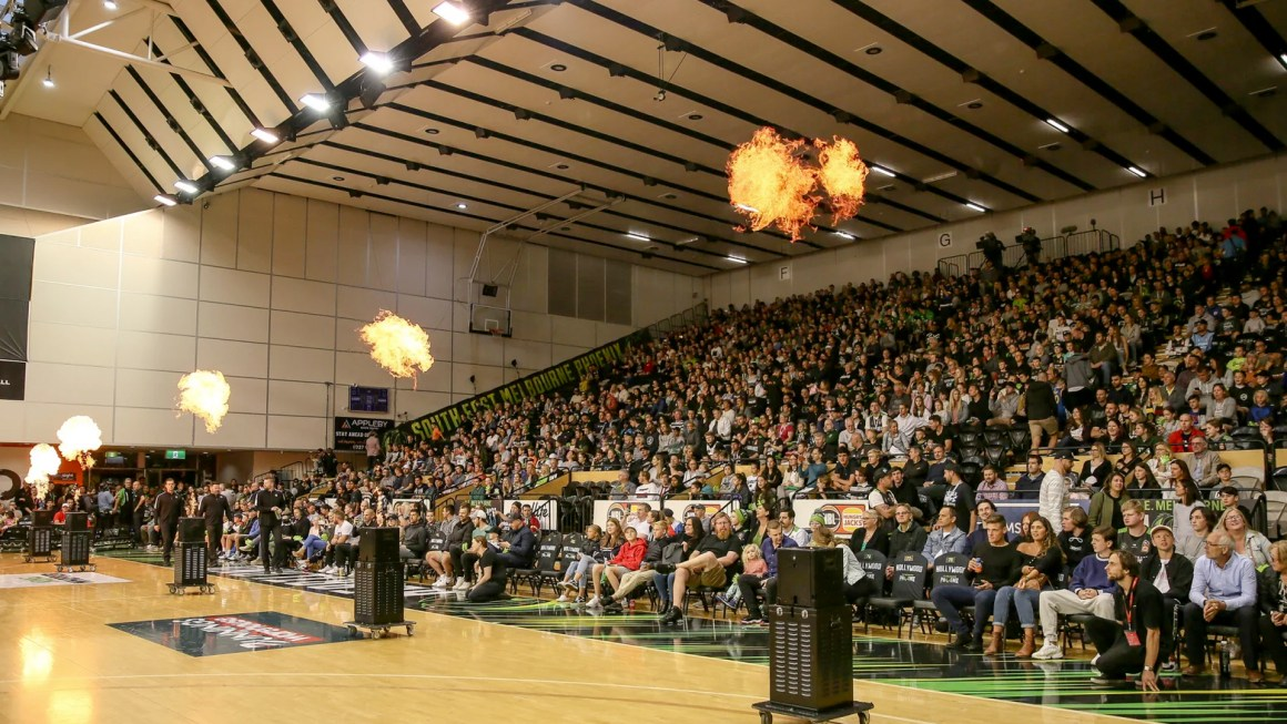 PHOENIX TO HOST FIRST MELBOURNE GAME OF NBL21