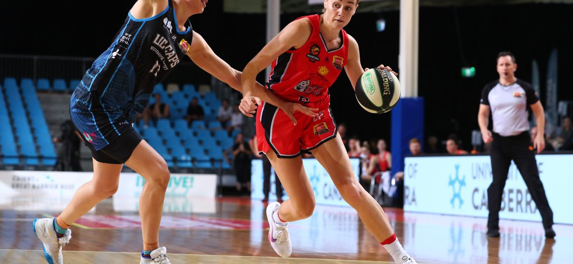 DARCEE GARBIN JOINS THE FRANKSTON BLUES