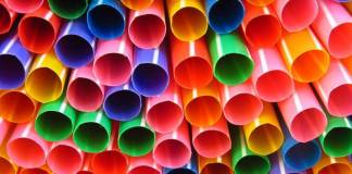 Gov consultation to ban plastic straws and stirrers in UK