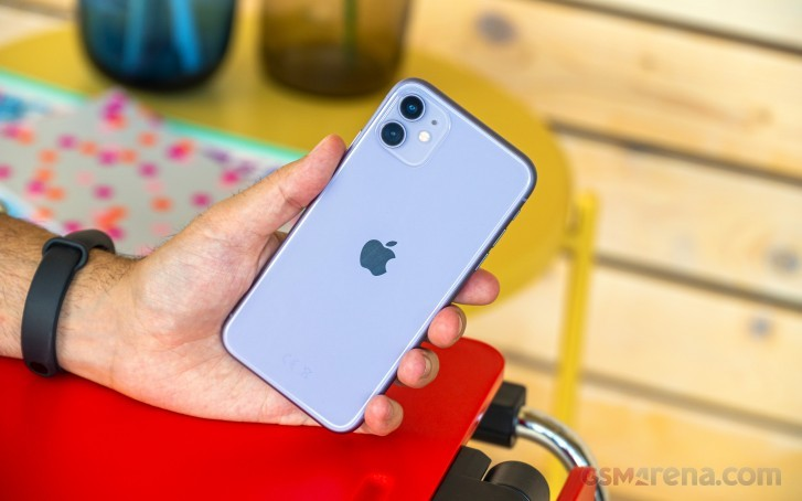 iPhone shipments in China grew by over 18% in December