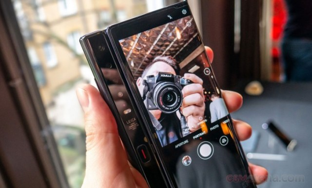 Our Huawei Mate XS hands-on video is up