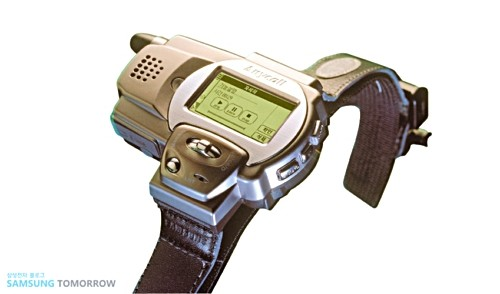 Flashback: tracing the history of watch phones that turned into smart watches