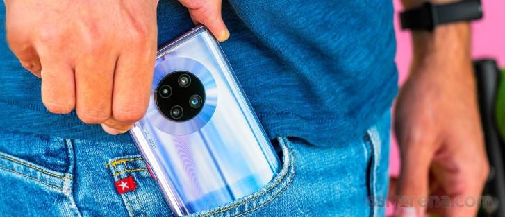Huawei, Mate 40 akıllı telefonlar için% 30 daha az sipariş bekliyor