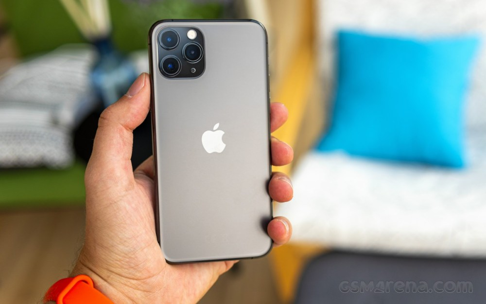 Verizon is offering the iPhone 11 Pro for just $599.99 until Sunday, cheap LG Velvet too
