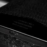 A closer look at the carbon fiber monocoque