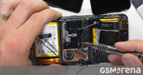 Lenovo Legion Duel 2 video teardown investigates why it bent so easily