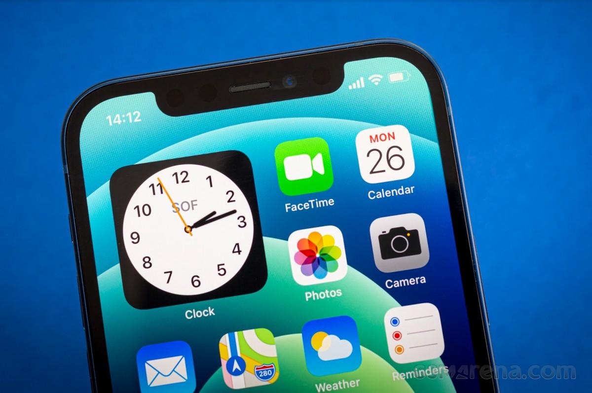 T-Mobile menawarkan iPhone 12 gratis kepada Ibu dengan tukar tambah yang memenuhi syarat hanya akhir pekan ini