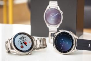 Membuka kotak Huawei Watch 3 Pro