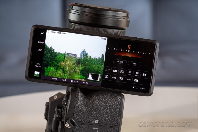 Sony Xperia Pro hands-on - true Pro or half-hearted attempt at a concept?
