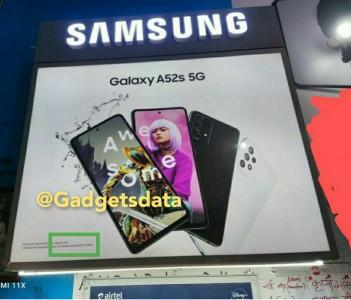 Poster Galaxy A52s 5G terlihat di India