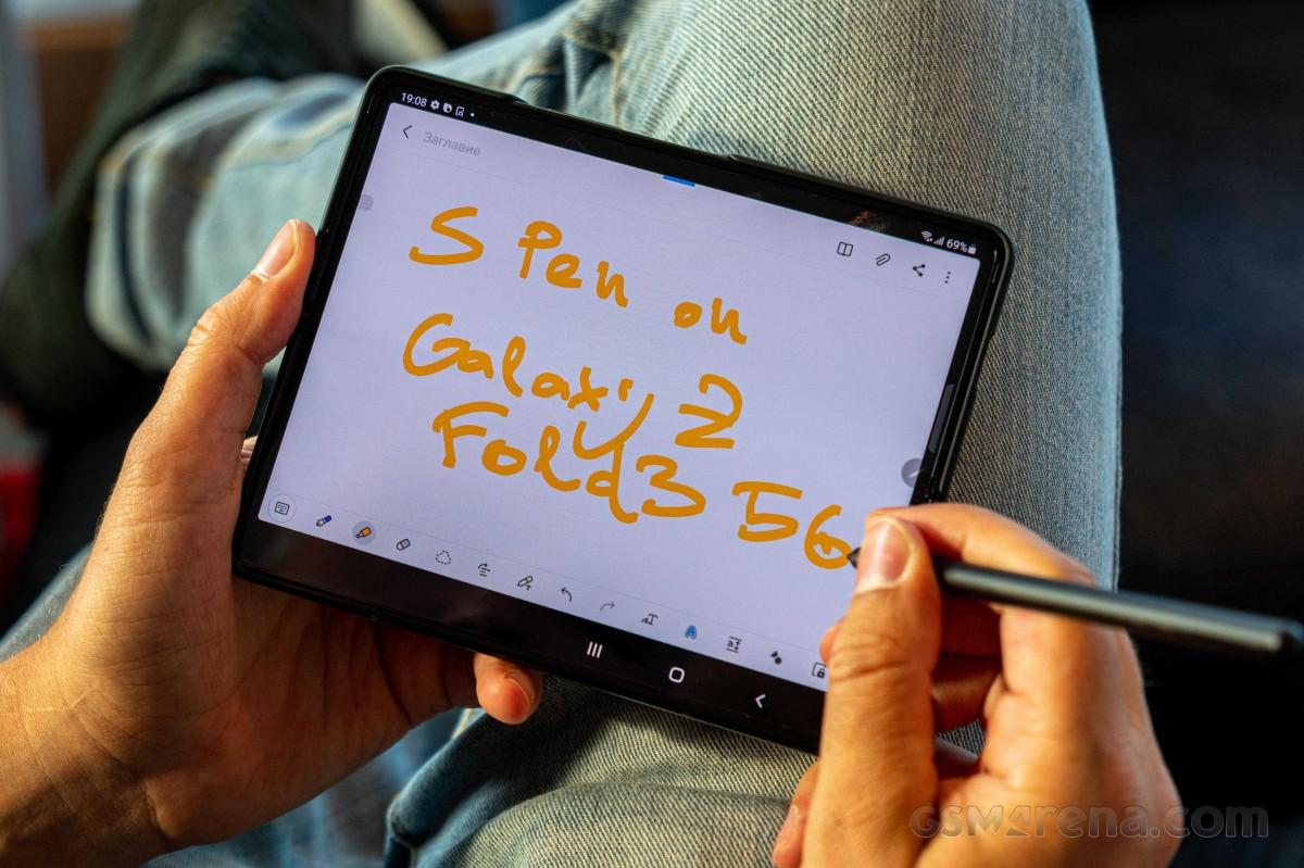 Samsung Galaxy Z Fold3 tidak berfungsi dengan S Pen lama